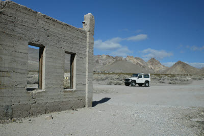 Driving through Rhyolite, NV