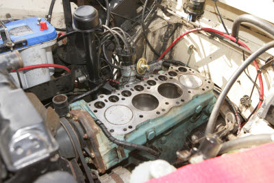 Block before cylinder head replacement