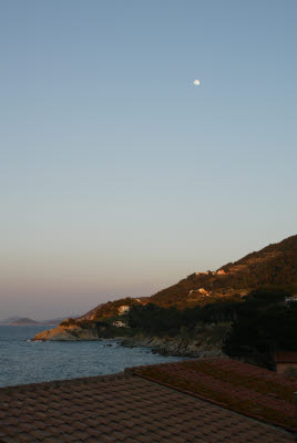 Moon over Elba Island