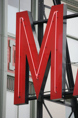 'M' on Pikes Market Sign