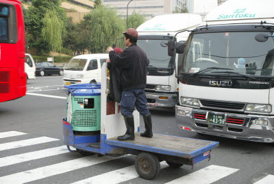 Three wheel cart used in the fish market