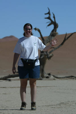 Lisa explores Deadvlei
